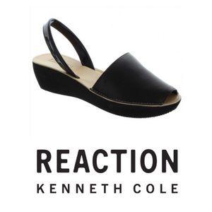 REACTION Kenneth Cole Shine Light Wedge Peep Toe